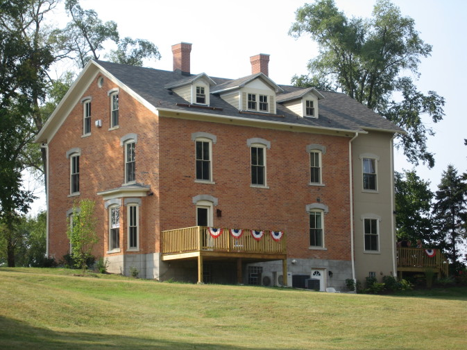 DunesWalk Inn at the Furness Mansion