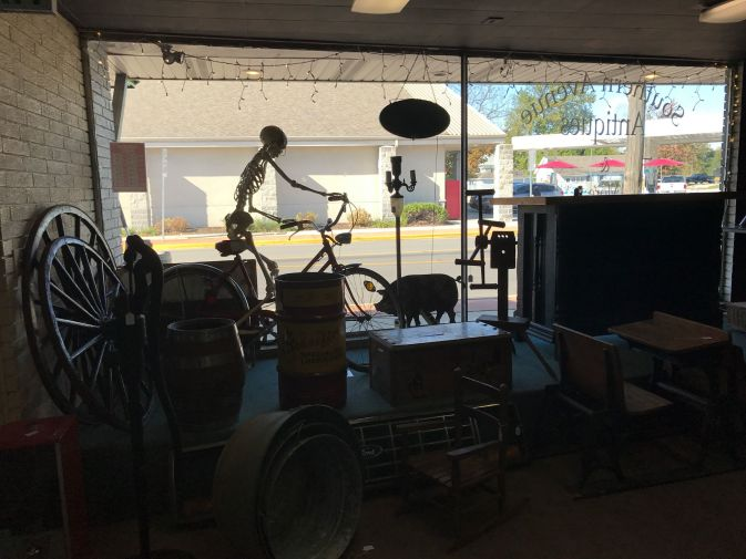 Southern Avenue Antiques & Collectibles